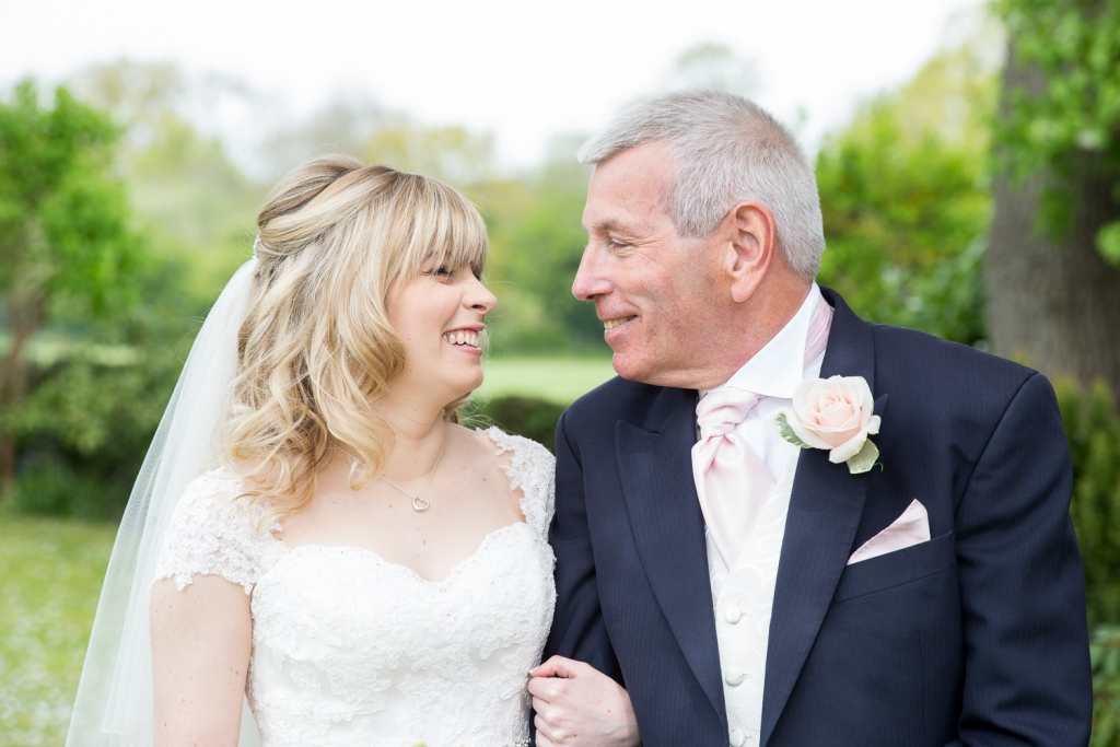 Kent-Wedding-Bradbourne-House-Wedding-Photographer-103