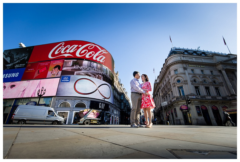 Stunning Hong Kong London Engagement Shoot Piccadilly Circus