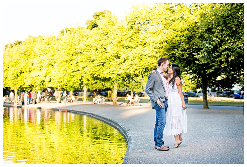 Beautiful Victoria Park Engagement Photography_0326