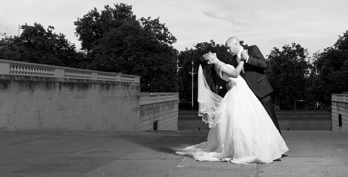 Top Central London Wedding Photograph Bride And Groom